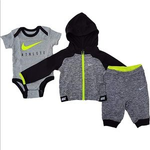 Baby Nike Boys Athletic Gray and Neon Green Set